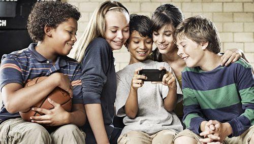 """装个软件 小心智能手机变成""""窃听器"""""""