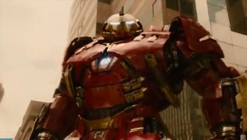 《复仇者联盟2》曝新片花 绿巨人钢铁侠上演力量对决