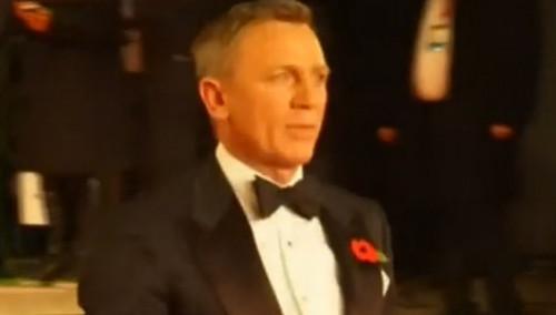 007新片全球首映礼 皇室成员出席剪彩