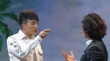 孙艺洲遭板砖强袭崩溃大哭 <B>贾青</B>被抱大腿男友力MAX